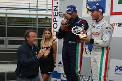 Podio GA: al secondo posto #32 Antonelli Motorsport Lamborghini Huracan Super Trofeo: Omar Galbiati, Kikko Galbiati