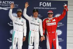 Qualifying top three in parc ferme (L to R): second place Lewis Hamilton, Mercedes AMG F1; Polesitter Nico Rosberg, Mercedes AMG F1; third place Kimi Raikkonen, Ferrari