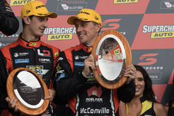 Podium: derde Nick Percat, Cameron Mcconville, Lucas Dumbrell Motorsport Holden