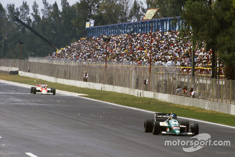 ... er mit Pirelli-Reifen anders als die Goodyear-Teams ohne Stopp auskommt