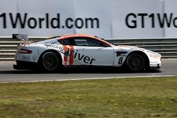 #8 Young Driver AMR Aston Martin DB9: Darren Turner, Stefan Mücke