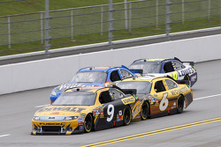 Marcos Ambrose, Petty Motorsport Ford and David Ragan, Roush Fenway Racing Ford