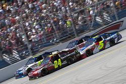 Start: Jeff Gordon, Hendrick Motorsports Chevrolet and Jimmie Johnson, Hendrick Motorsports Chevrole
