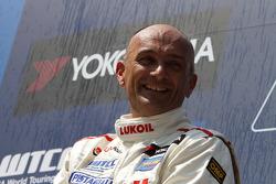 Gabriele Tarquini, Seat Leon 2.0 TDI, Lukoil - Sunred race winner