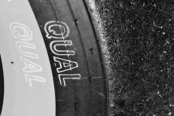Qualifying tire