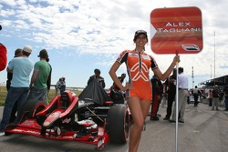 The grid girl of Alex Tagliani