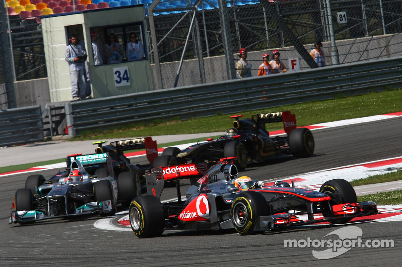 Lewis Hamilton, McLaren Mercedes ve Michael Schumacher, Mercedes GP F1 Team