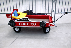 A customized children's wagon