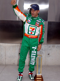 Pole winner Tony Kanaan celebrates