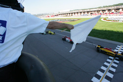 Bryan Herta takes white flag