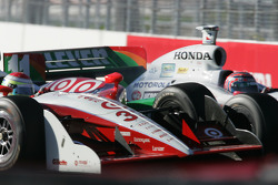 Ryan Briscoe and Tony Kanaan battle
