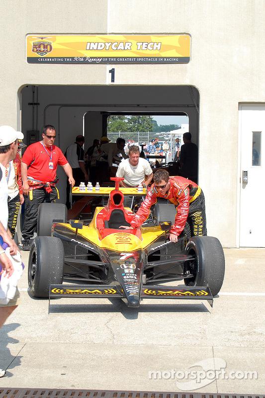 Inspection technique après la course pour Bryan Herta
