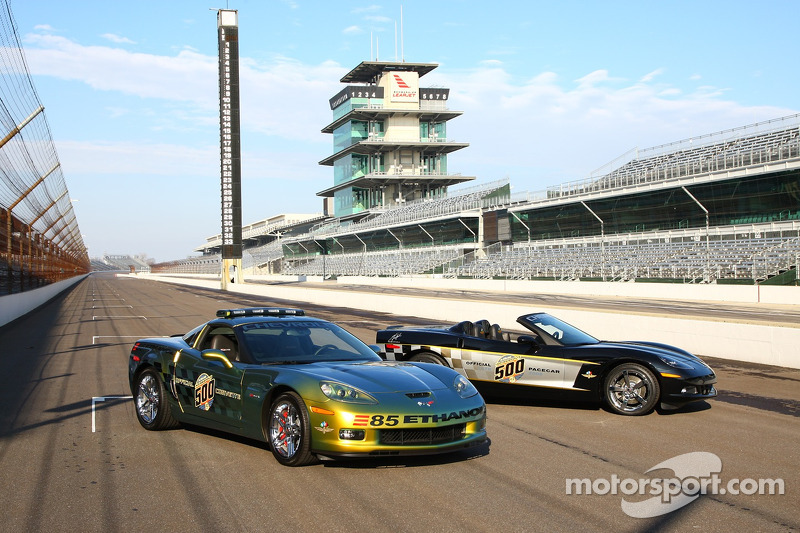 This is the first time in Indianapolis 500 history, which dates back to the inaugural race in 1911, that two cars will pace