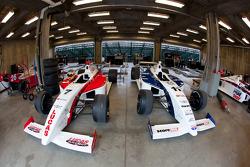 Sam Schmidt Motorsports garage area