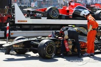 Crashed car of Vitaly Petrov, Lotus Renault GP