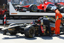 Crashed car of Vitaly Petrov, Lotus Renault GP