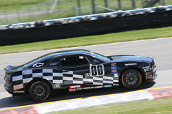 #00 CKS Autosport Camaro GS.R: Ashley McCalmont, Eric Curran