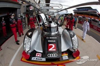 #2 Audi Sport Team Joest Audi R18 TDI: Marcel Fässler, André Lotterer, Benoit Tréluyer