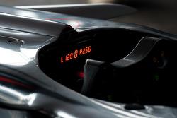 McLaren MP4-23 cockpit