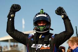 Shane van Gisbergen takes out the win at Hidden Valley Raceway