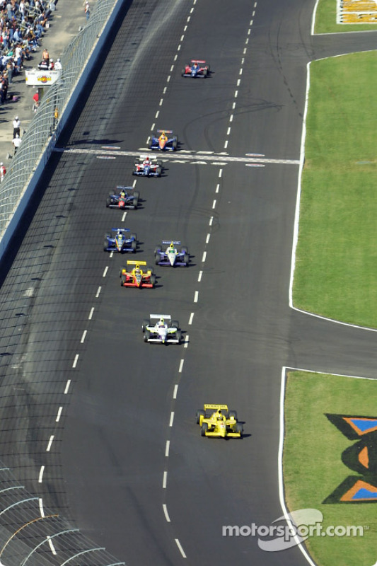 Turn 1: Sam Hornish Jr. in the lead