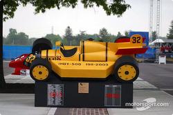 Composite Indycar 1911-2003