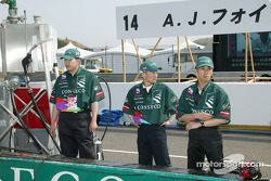 A.J. Foyt Enterprises crew members