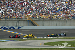 Felipe Giaffone battling with Sam Hornish Jr.