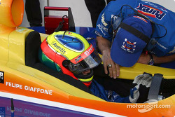 Felipe Giaffone readies to qualify