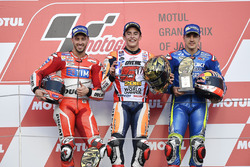 Podium: ganador, Marc Márquez, Repsol Honda Team, segundo, Andrea Dovizioso, Ducati Team, tercero, Maverick Viñales, Team Suzuki Ecstar MotoGP