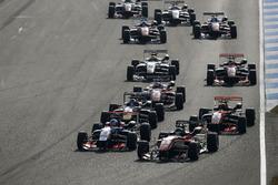 Jake Hughes, Carlin Dallara F312 - Volkswagen; Lance Stroll, Prema Powerteam Dallara F312 - Mercedes-Benz