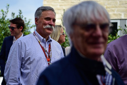 Чейз Кэри, председатель Formula One Group Chairman и Берни Экклстоун