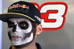 Max Verstappen, Red Bull Racing in the garage with full Dia de Muertos face paint