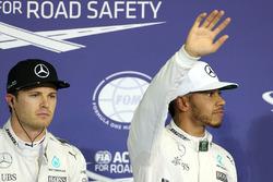 Поул-позиція: Льюїс Хемілтон, Mercedes AMG F1, друге місце Ніко Росбер, Mercedes AMG F1