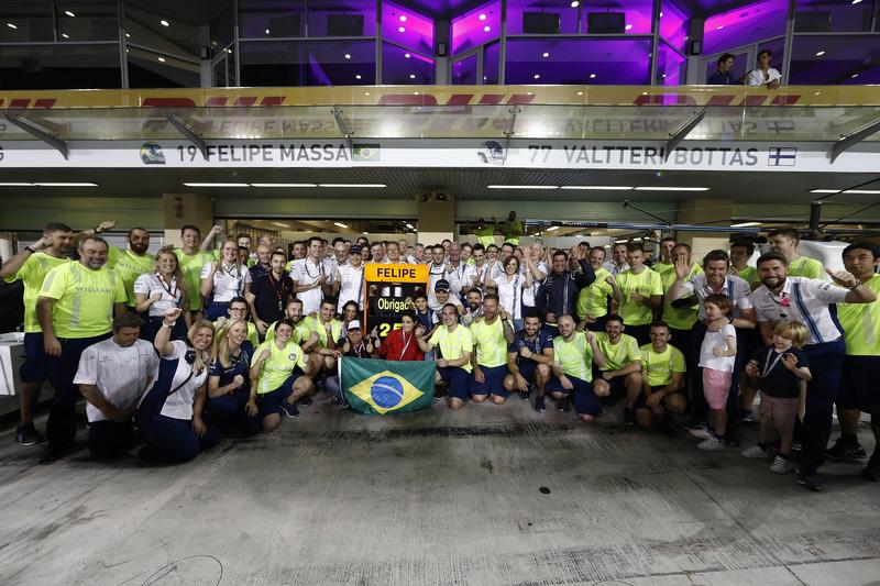 A prova marcou a despedida de Felipe Massa da F1. Antes de depois da nona posição de Felipe, o fim de semana do brasileiro foi repleto de homenagens.