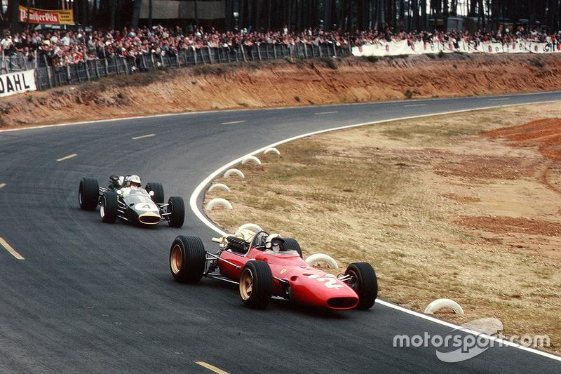 1967-1968: Ferrari 312/67 (пять подиумов, 5-е место в КК в 1967-м)