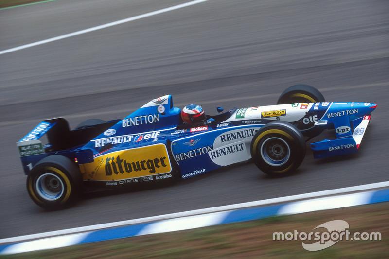 Наибольшее количество побед в Гран При: 91