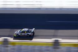 №59 Manthey Racing Porsche 911 GT3 R: Нильс Раймер, Райнхольд Ренгер, Хари Прочик, Стив Смит