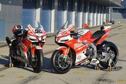 Die Bikes von Lorenzo Savadori, Milwaukee Aprilia World Superbike Team, und Eugene Laverty, Milwaukee Aprilia World Superbike Team