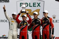 Подиум: №38 Performance Tech Motorsports Oreca FLM09: Джеймс Френч, Кайл Массон, Патрисио О'Уорд, Ник Булле