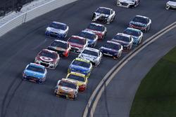 Cole Whitt, TriStar Motorsports Ford mène