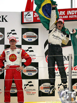Podium: race winner Bruno Junqueira with Sébastien Bourdais