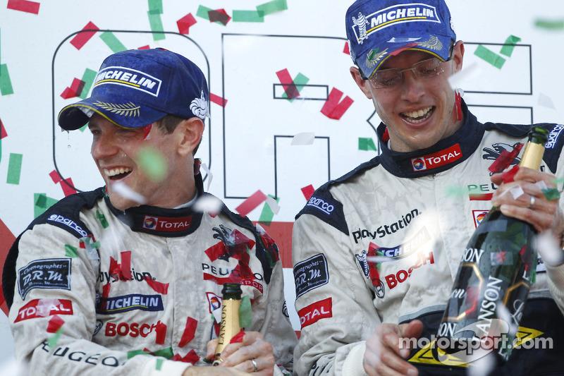 LMP1 podium: race winner Anthony Davidson and Sébastien Bourdais