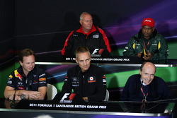 Christian Horner, Red Bull Racing, Sporting Director, Jules Bianchi, Test driver, Scuderia Ferrari, Martin Whitmarsh, McLaren, Chief Executive Officer, Tony Fernandes, Team Lotus, Team Principal, Sir Frank Williams, AT&T Williams, Team Chief, Managing Dir