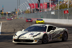 Ferrari 458 Challenge : Cooper MacNeil
