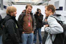 Nick Heidfeld, Lotus Renault GP and Sebastian Vettel, Red Bull Racing
