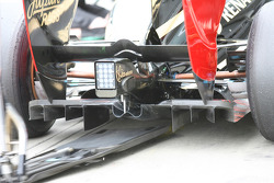 A new rear diffuser for Nick Heidfeld, Lotus Renault GP