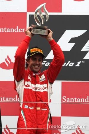 Podium: second place Fernando Alonso, Scuderia Ferrari
