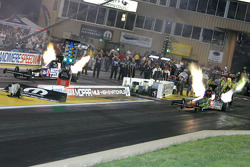 Antron Brown, Matco Tools Dragster, Terry McMillen, Amalie Oil/Wolverine Dragster
