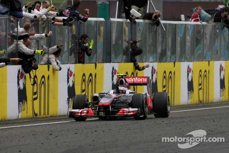 2011: Jenson Button, McLaren Mercedes MP4-26